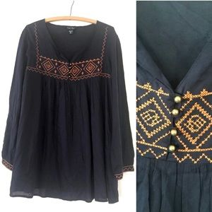 Boho navy & rust embroidered tunic pop over top